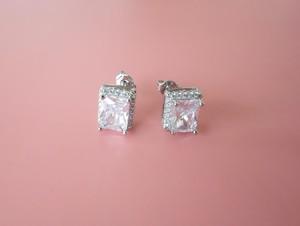 rectangle stone pierce