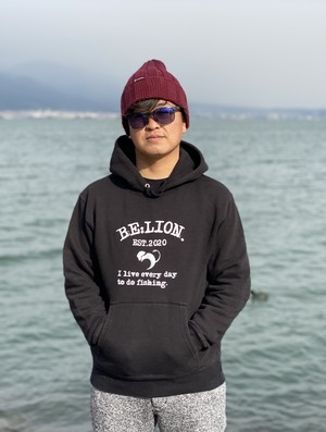 BE:LION. CASUAL PARKER ブラック