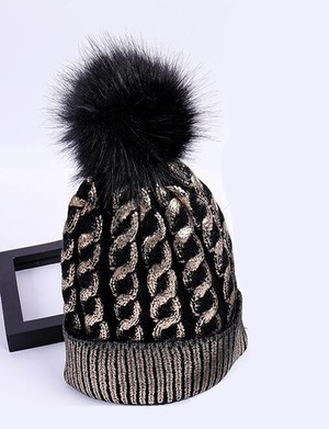 RIMI&Co. SELECT ファー付きゴールドコーティング ケーブルニット帽
