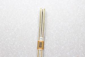 冠組 白金 筋柄(中央に金糸)〈帯締め〉