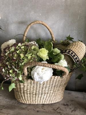 merci maman!Grands paniers et fleurs  お届け先が名古屋市内のお客様は別料金プランがございます