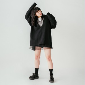 Front cut Pullover - Black