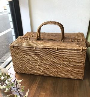 再入荷☆アタ 大 ピクニックバスケット/裁縫道具ボックス
