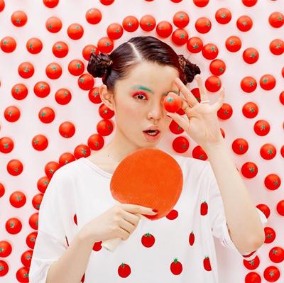 真っ白なTシャツに、真っ赤なトマト♡パン部、牛乳こぼし部の次は『TT(トマトTシャツ)展』に視線集中