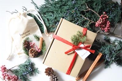 【期間限定】ギフトにおすすめ香るクリスマスオーナメント