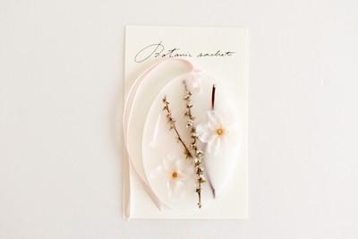 数量限定 まるごと桜が入ったサシェ発売