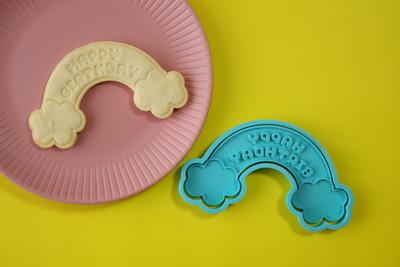 【クッキー型】レインボーのお誕生日プレート♪