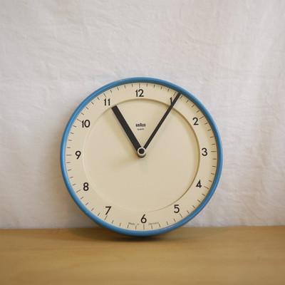 Braun社、壁掛け時計の歴史