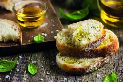 オリーブオイルとパンを毎日食べると良い5つの理由