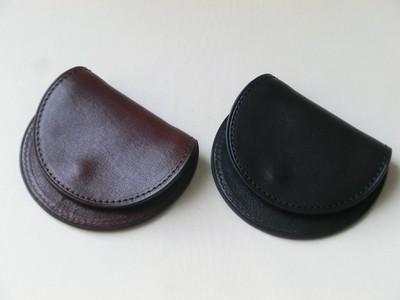 小銭を使うのが楽しくなる、手のひらサイズ、円くて使いやすいコインケース。