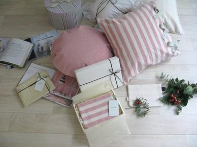クリスマスプレゼントはもう決めた?日本中の想いが詰まったポーチを贈ろう。