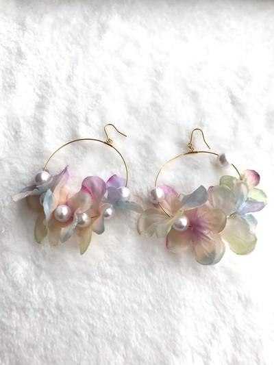 春にぴったりのお花畑のフープピアス・イヤリング♡
