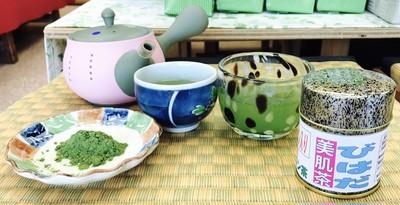 コラーゲン入りの粉末茶で手軽に美容しませんか?