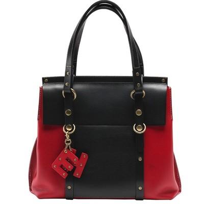 通勤にもプライベートにも使える上品さ♡大人女子におすすめエレガントレザーバッグ!