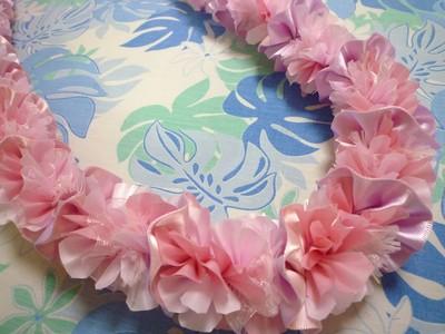 春が近づいてきましたね♪キュートなピンクのレイでお部屋を飾りましょう♪