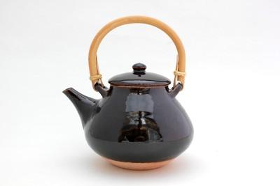 煮出し茶に活躍する「土瓶」