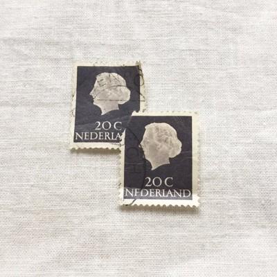 お得な束でのご販売。コラージュやデコレーションに!オランダのヴィンテージ切手