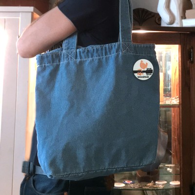 柔らかなデニム素材を縫い合わせた、ソフトで便利なトートバッグ!!