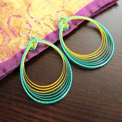 春のピクニックファッション。竹を編み込んだカラフルな軽量ピアス!
