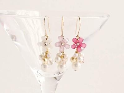 ロマンチックなお花のピアス 3色