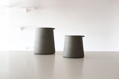 シンプルを追求したミニマルでスタイリッシュなマグカップ 英国陶芸家【JONO SMART】