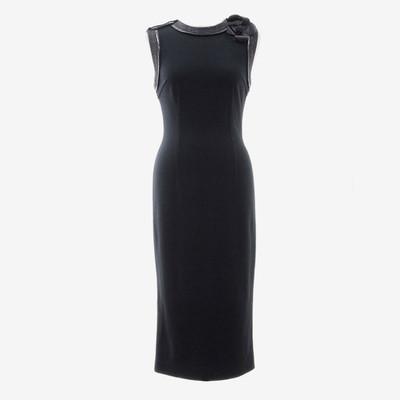 美しいラインを描く一枚。ドルチェ&ガッバーナのエレガントなドレス
