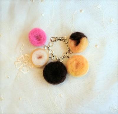 羊毛の甘くてふわふわのドーナツで 充実した毎日を過ごしてみませんか