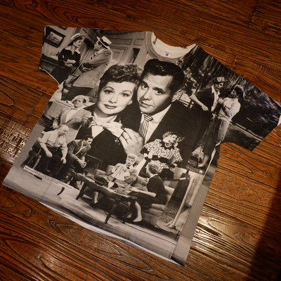 "90s USA製 ""I love lucy"" photo t-shirts"