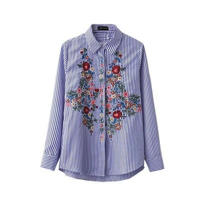 今春1番人気トレンド!花柄刺繍をあしらったストライプシャツ♪