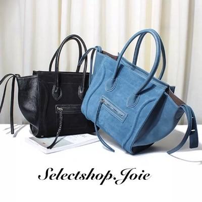 大容量のオシャレなバッグをコーデにプラス♡あなたの愛用バッグになること間違いなし!!