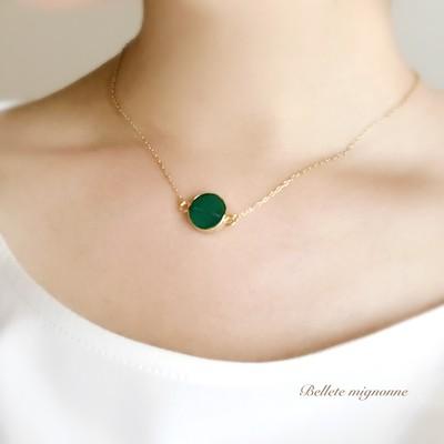 ♡秋に着けたい!オトナ女子に味方する、こっくり深めグリーンのネックレス♡