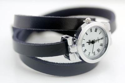 おしゃれ好き必見!? 女性用可愛い皮時計♡