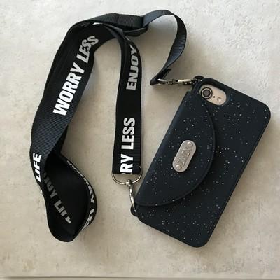 春のお出掛けにぴったり♡バッグ型iPhoneケースならカード収納&持ち運びも楽々ロングストラップ付♪
