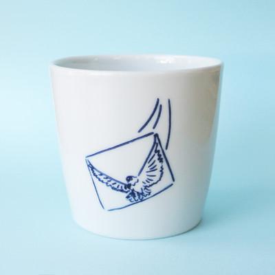 夏にぴったり!爽やかなホワイト×ブルーの波佐見焼マルチカップ