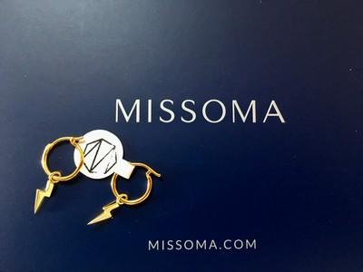 日本初上陸ブランド!!!【MISSOMA】から登場☆GOLDチャームのフープピアス
