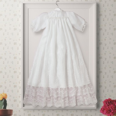 赤ちゃんの記念日に「かわいい」+「きれい」がコンセプトの『ベビードレス』をどうぞ♪