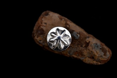 2種の shell concho pierce