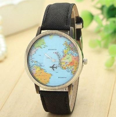 【ユニセックスなデザインが魅力的♪】  世界地図デザイン腕時計【ユニークなデザインで差をつけて♡】