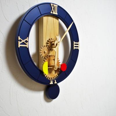 木のぬくもりあふれる「森の時計」 おもちゃ箱イカロスのオリジナル時計です!