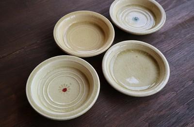瀬戸本業窯のおはなし 瀬戸本業窯 黄瀬戸平皿(4寸)