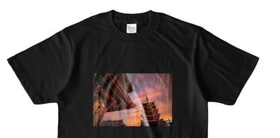きっと見つかる!あなたにあった商品が ~シンプルなオリジナルTシャツ(浅草寺)~