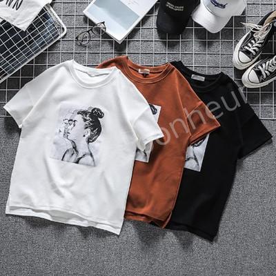夏は半袖Tシャツ!!どこかレトロ感漂う・・・オシャレなトップス(^_-)-☆