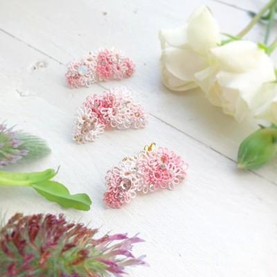 レースで編まれた小さなお花を耳元に咲かせて。【ハナミズキ】イヤーカフ&ピアスorイヤリングのセット