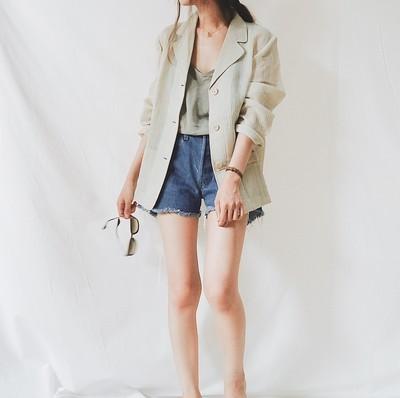 古着なのにキレイめ?夏でも羽織れる柔らかジャケット!