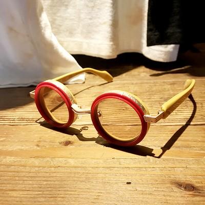 【METRONOME × drasticcrazy】クレイジーなコラボが実現!個性的な眼鏡のご提案。