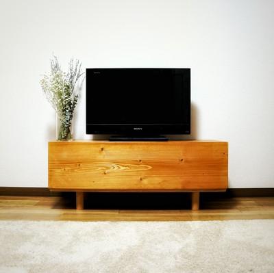 累計100作品以上選ばれているTV wood board seriesのW90cm