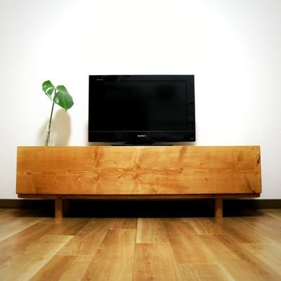 """天然木の温もり漂う人気No1商品""""TV wood board"""""""