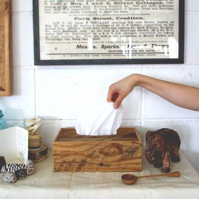 ポートランドの古材で作られたReclaimed Tissue Box