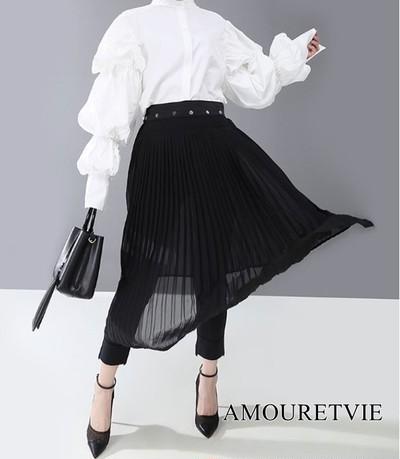レース調のデザインが高級感を演出するチュールスカート☆黒で統一されたシックさが魅力♪