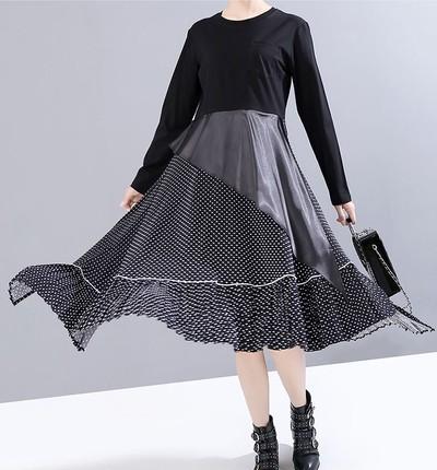 水玉スカートとモダンなデザインが融合した冬のワンピース☆シルエットはシンプルかつスマート!!